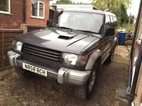 mitsubishi pajero 2.8 lwb low miles 12m mot good all round vehicle off roader clean owned 5 yrs