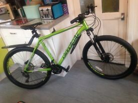 Brand new 2017 cannondale trail 4 hardtail/mtb,xl frame,27.5 wheels,30 speed,hydraulic brakes