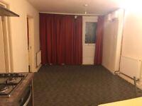 2 Bedroom Ground Floor Flat In Rainham RM13 7DT ===ALL BILLS INCLUDED===