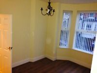 Students/Family - A fully refurbished two/three bedroom part-furnished Mid-Terrance house, Sneinton