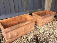 Planting troughs / pots