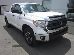 2015 Toyota Tundra 4X4 Double Cab TRD Full accessoires