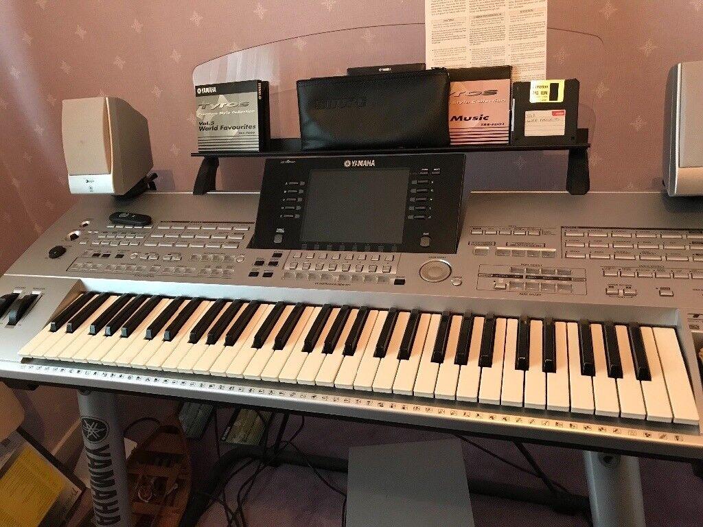 Yamaha Tyros Keyboard