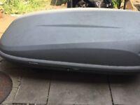 Halfords 470l car roof box