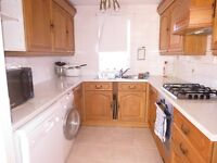 Fantastic Family 4 Double Bedroom, 2 Bathroom House in Raynes Park With Off Street Parking !!!