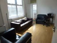 Wonderful spacious 5 bedroom house available in Forest Gate, E7.