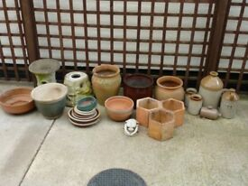 Garden planters and pots. Ceramic and terracotta. Various sizes.