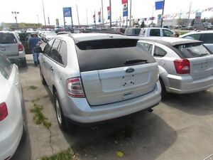 2010 Ford Edge SE * REFER A FRIEND AND EARN $300 London Ontario image 4