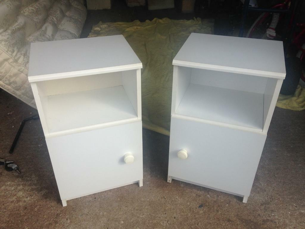 White bedside cabinets