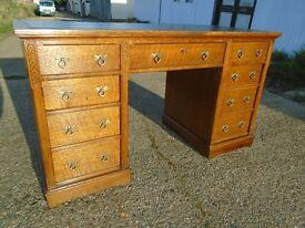 Lovely Antique Arts & Crafts Oak Desk Fully Restored Delivery Available.