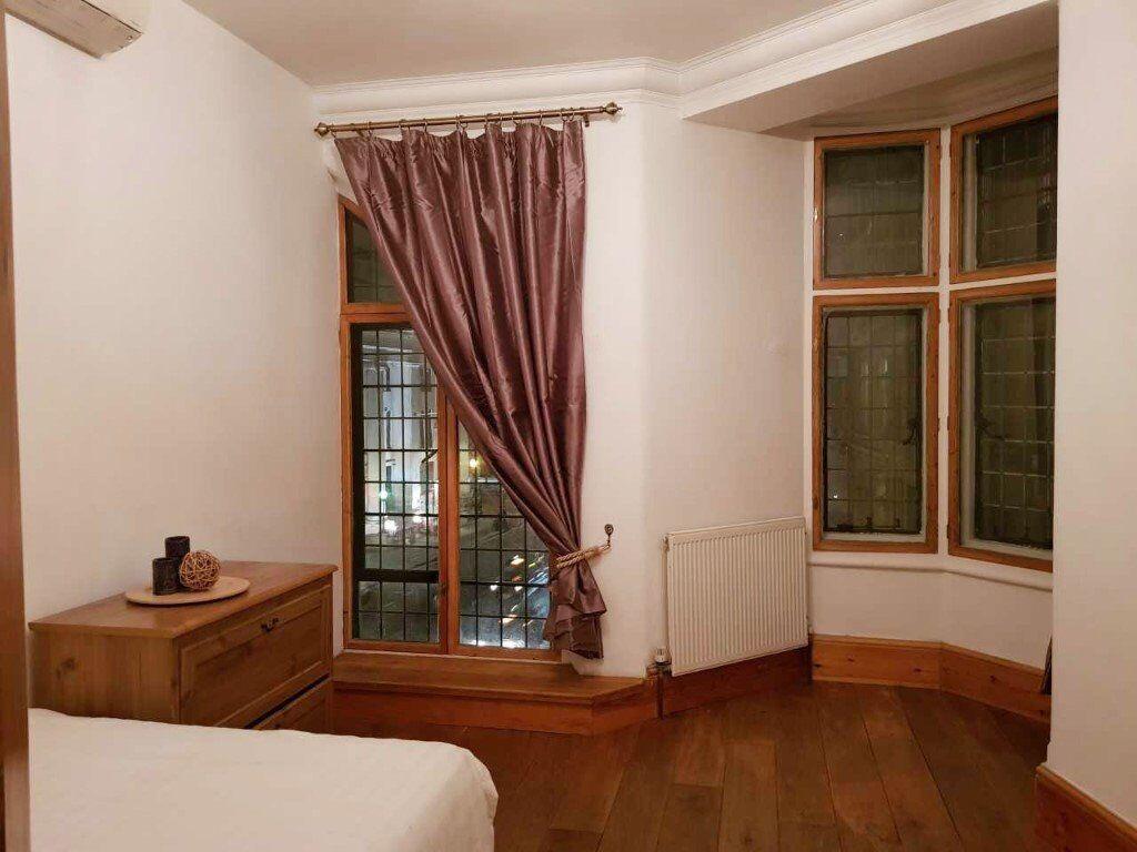 Outstanding Ex-Castle, 2 Bedroom Apartment