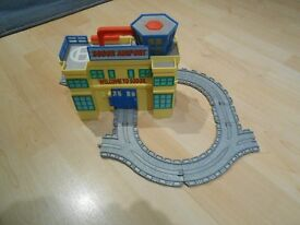 "Thomas the Tank Engine ""Take Along"" Sodor Airport"