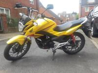Honda cbf 125cc nearly new