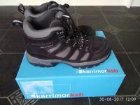 walking trekking hiking mens boots shoes size 8