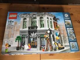 "Lego ""expert"" creator Brick Bank"