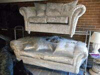 BRAND NEW SILVER CRUSHED VELVET SUITE SOFAS 3 SEATER + 2 SEATER CRUSHED VELVET BRAND NEW !!!!