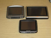 3 satnavs for sale £5 each or £10 for all 3... spares or repairs