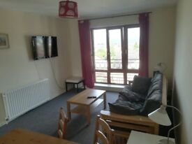 Modern 2 bed flat with spacious living room - Sea view !