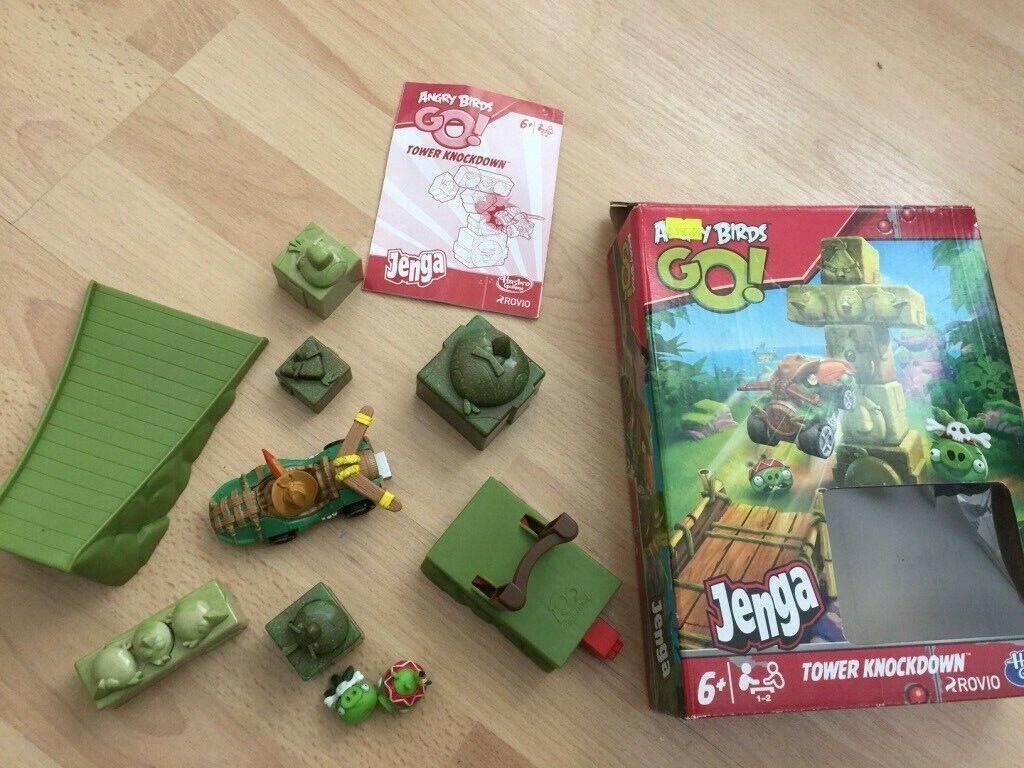 Angry Birds GO Figuren  Spiel Set Schleuder