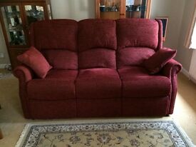 HSL Berwick 3 Piece Suite with Recliner Armchairs