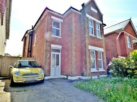5 DOUBLE BEDROOM STUDENT HOUSE IN CHARMINSTER
