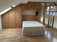 095Y- HAMMERSMITH, DOUBLE STUDIO FLAT, SEPARATE KITCHEN, FURNISHED, BILLS INCLUDED- £300 WEEK