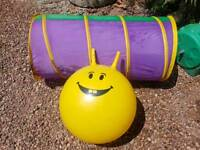 Childs play tunnel and space hopper
