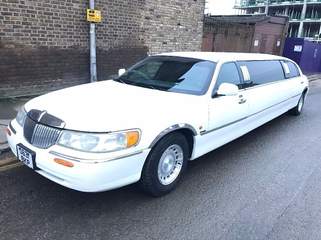 1999 Lincoln Town Car American Stretch Limousine Royale Model 4 6
