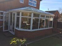 4x5 Conservatory including fitted Venetian blinds