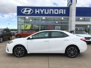 2014 Toyota Corolla S - Moonroof, Alloy Wheels, Leather