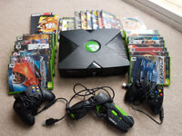Original Xbox Console with 25 games, 2 Controllers and Light Gun