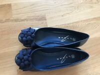 Beautiful shoes - Perfect Condition