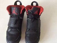 Black Jordan trainers