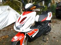 YAMAHA AEROX - 2012 62 Reg - 50cc - New MOT - ONLY 5530 MILES - EXCELLENT SCOOTER FOR 16+