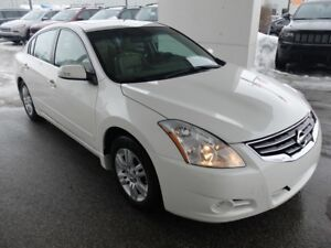 2012 Nissan Altima 2.5 S   TOIT OUVRANT