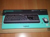 Logitech MK520 Wireless Keyboard and Mouse Combo QWERTY, UK Layout