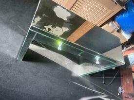 Mirror vanity table