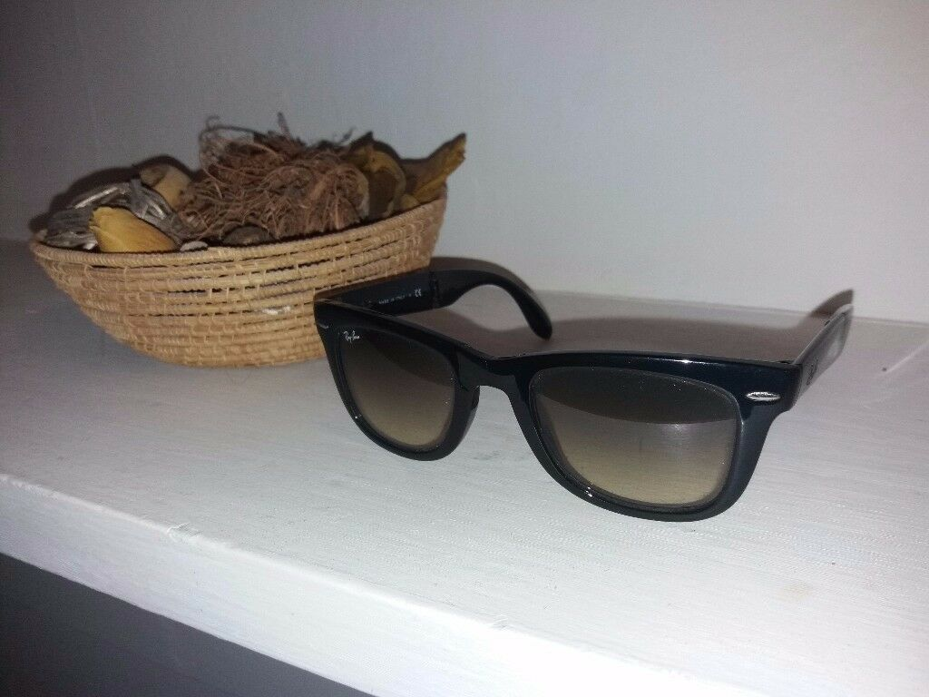 Ray Ban Folding Way Farer - used - great condition
