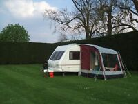 CARAVAN PORCH AWNING--Kampa 200 rarely used in excellent condition