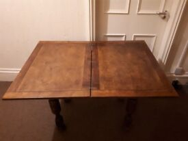 Solid Fold-out Table