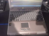 Advent 7006 Laptop - Intel Celeron M, 256Mb RAM, 40GB HDD