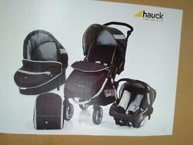 Hauck 'travel system ' stroller, carry cot , car seat and rain cover