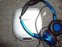 Panasonic CD and Skullcandy headphones
