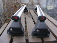 Roof bars Citroen C3 fits 2002 - 2009 fits without roof rails, lockable 2 keys, perfect condition