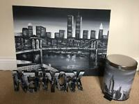 New York Canvas, letters and pedal bin