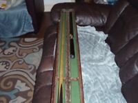 joblot of snooker cues and cases