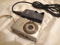 Canon Ixus 50 Super Compact Mini Digital Camera Working Shoreditch London
