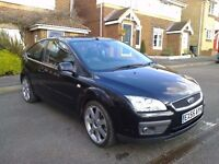 FORD FOCUS TITANIUM 2005 NEW SHAPE MOT OCTOBER V.G.C LEATHER