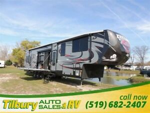 2016 Heartland Cyclone 4200 **WEEKLY PAYMENTS AS LOW AS $164**