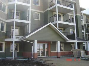 Great Size Comfy & Desirable Condo in Westend